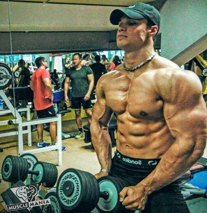 Musclemania Natural Bodybuilding Working His Hobby