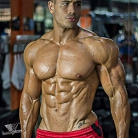 Musclemania Natural Bodybuilding - Holiday Lean